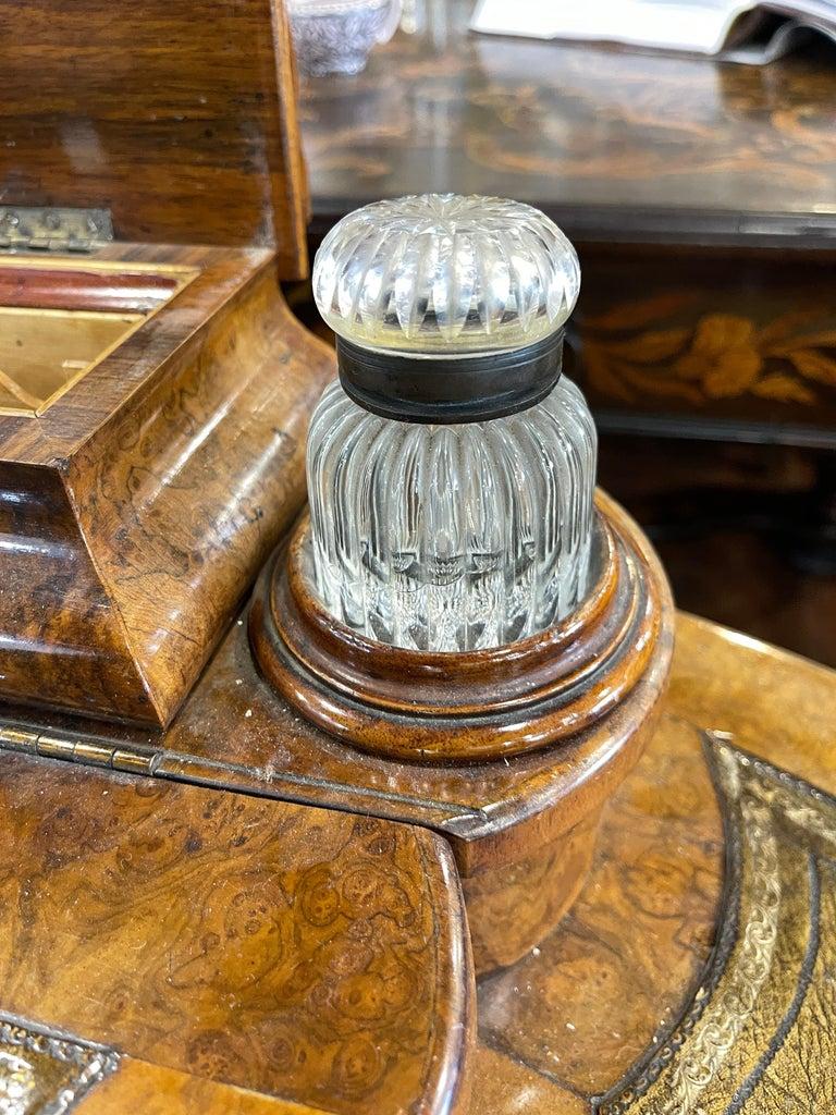 19th Century English Victorian Burr Walnut Ladies Desk Writing Table, 1850 For Sale 6