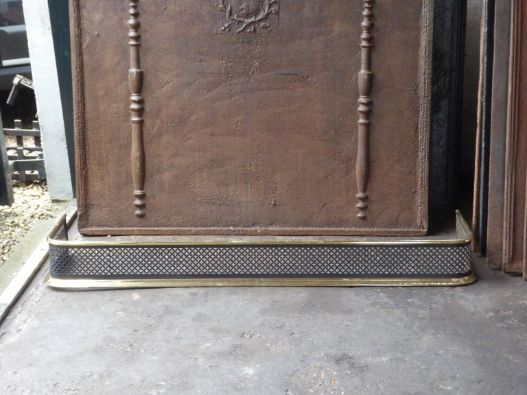 British 19th Century English Victorian Fireplace Fender or Fire Fender For Sale