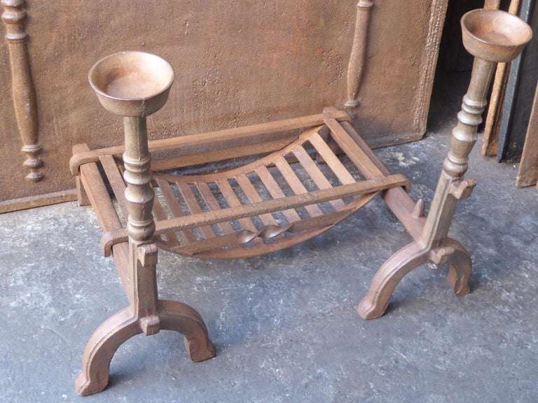 British 19th Century English Victorian Fireplace Grate or Fire Grate For Sale