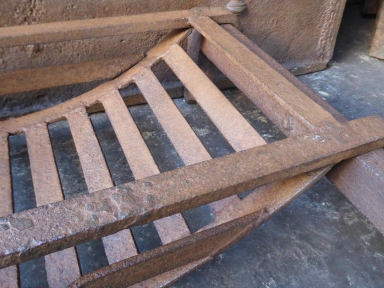 19th Century English Victorian Fireplace Grate or Fire Grate For Sale 3