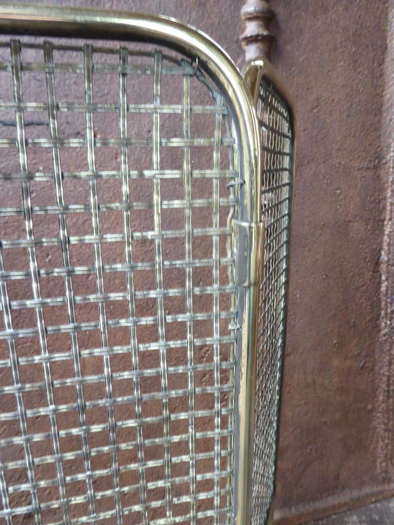 19th Century English Victorian Fireplace Screen or Fire Screen For Sale 5