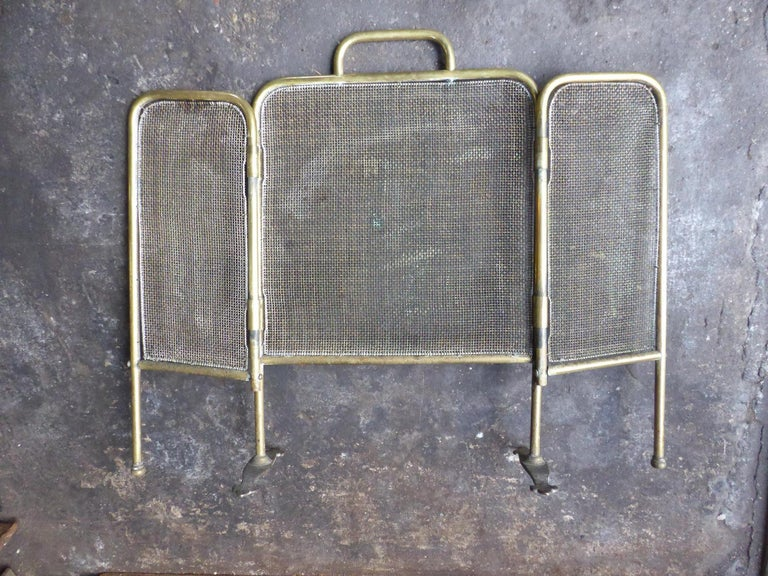 19th Century English Victorian Fireplace Screen or Fire Screen For Sale 7