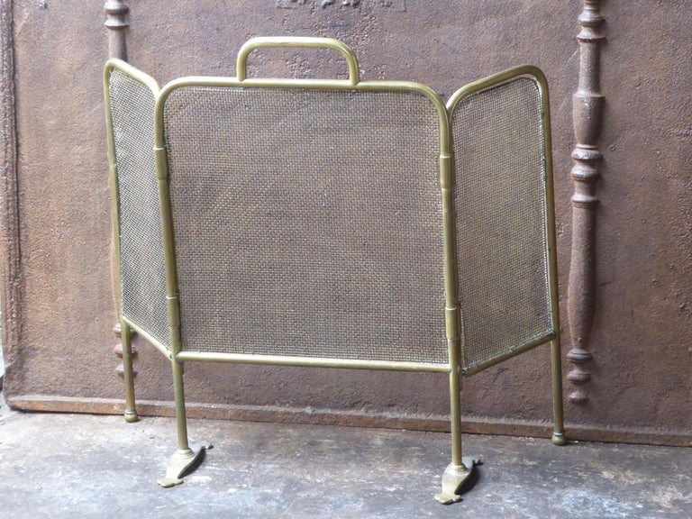 British 19th Century English Victorian Fireplace Screen or Fire Screen For Sale