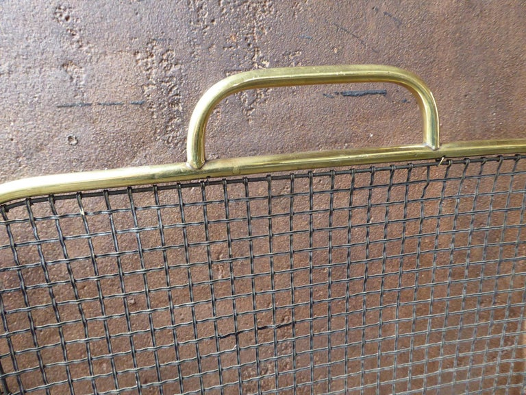 19th Century English Victorian Fireplace Screen or Fire Screen For Sale 2