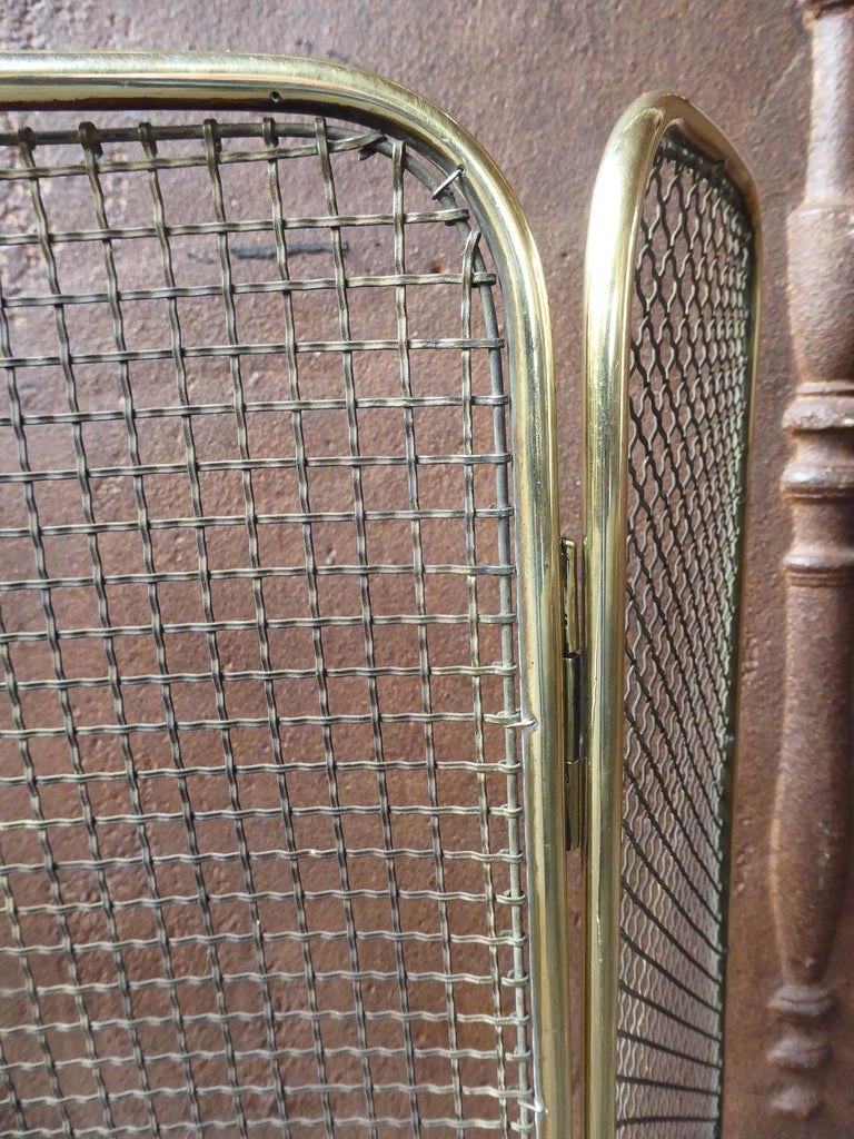 19th Century English Victorian Fireplace Screen or Fire Screen For Sale 3