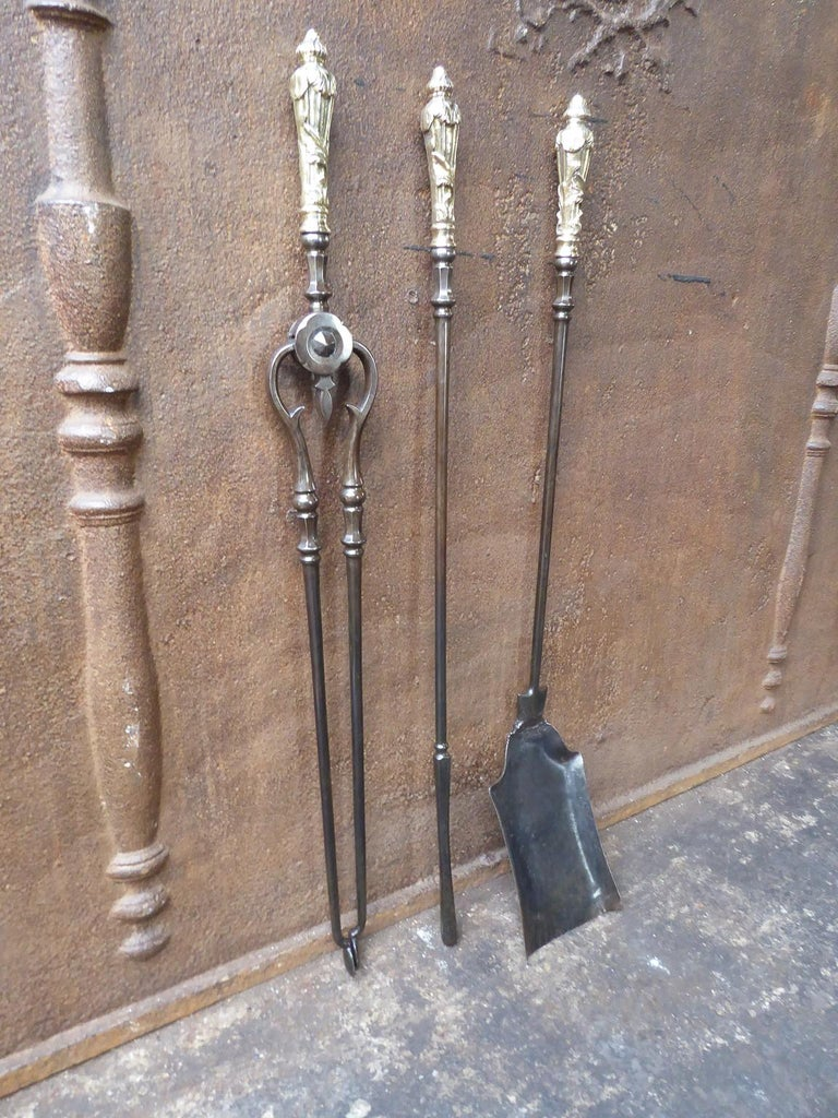 Forged 19th Century English Victorian Fireplace Tool Set or Companion Set For Sale