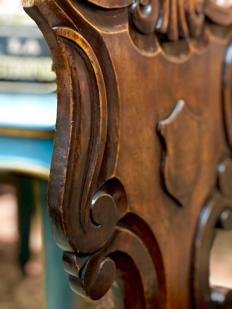19th Century English Victorian Hand Carved Oak Hall Chairs For Sale 3