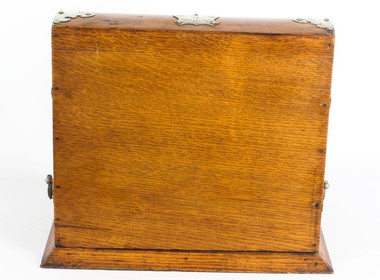 19th Century English Victorian Oak Three Crystal Decanter Tantalus  For Sale 8