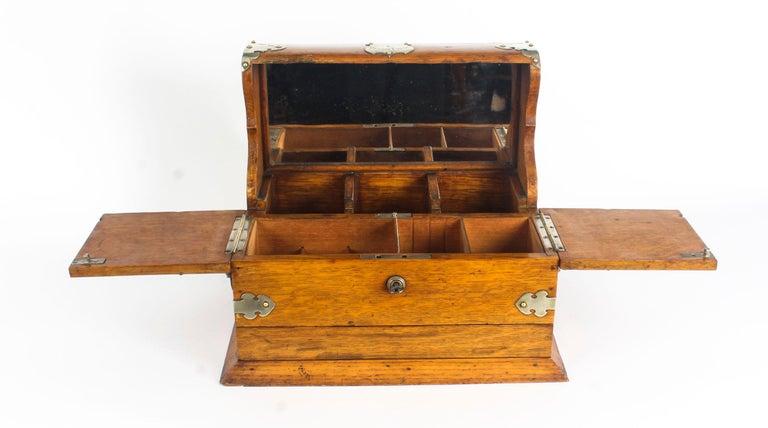 19th Century English Victorian Oak Three Crystal Decanter Tantalus  For Sale 9