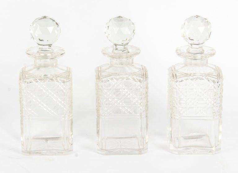 19th Century English Victorian Oak Three Crystal Decanter Tantalus  For Sale 11