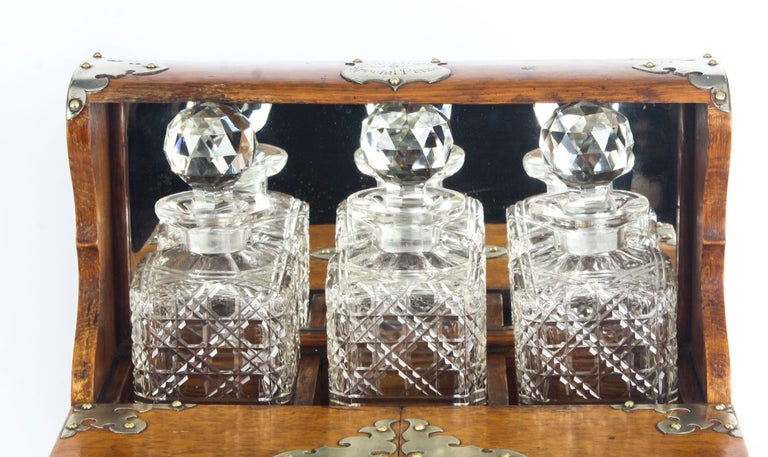 Late 19th Century 19th Century English Victorian Oak Three Crystal Decanter Tantalus  For Sale