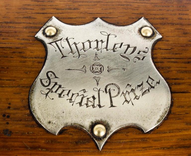 19th Century English Victorian Oak Three Crystal Decanter Tantalus  For Sale 2