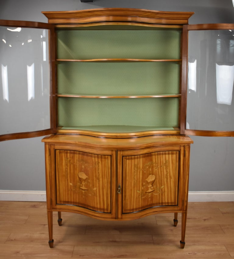 19th Century English Victorian Satinwood Display Cabinet For Sale 7