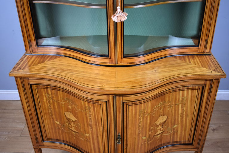 19th Century English Victorian Satinwood Display Cabinet For Sale 9