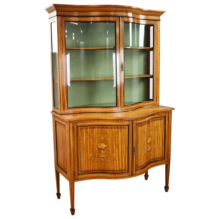 19th Century English Victorian Satinwood Display Cabinet For Sale