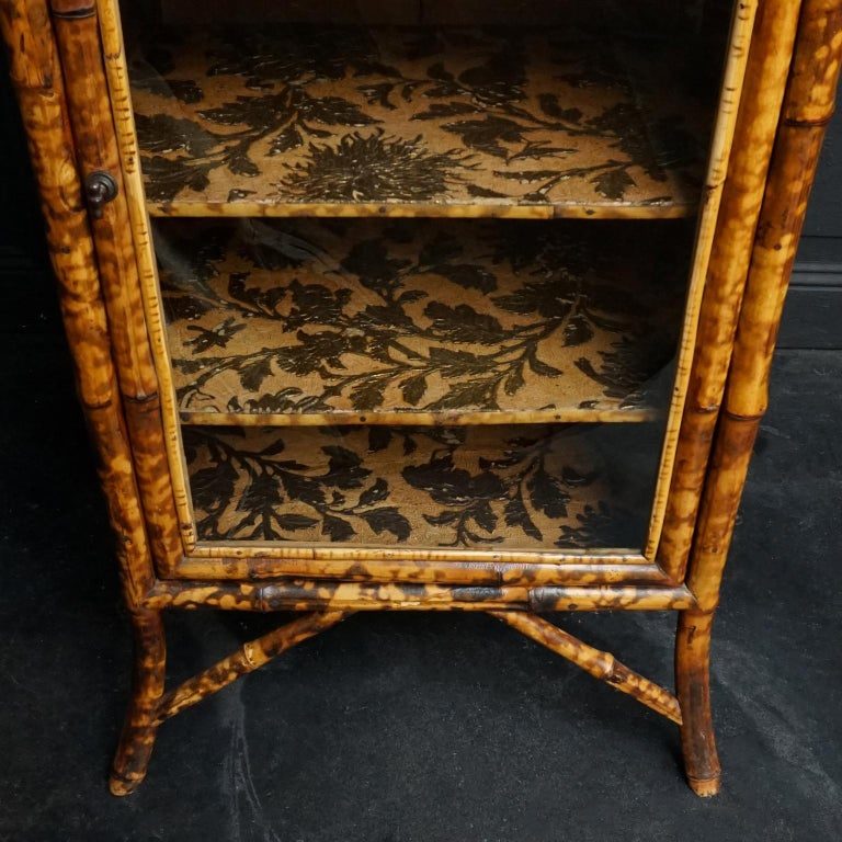 19th Century English Victorian Tiger Bamboo Lacquer Cabinet with Gilt Wallpaper For Sale 3