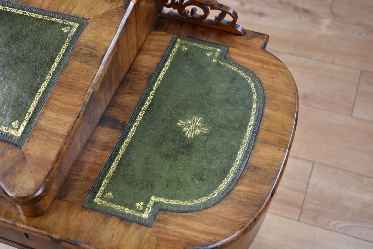 19th Century English Victorian Walnut Inlaid Writing Table 12