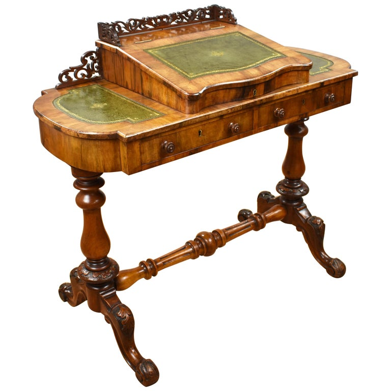 19th Century English Victorian Walnut Inlaid Writing Table