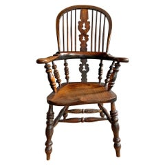 19th Century English Yew Wood Windsor Chair