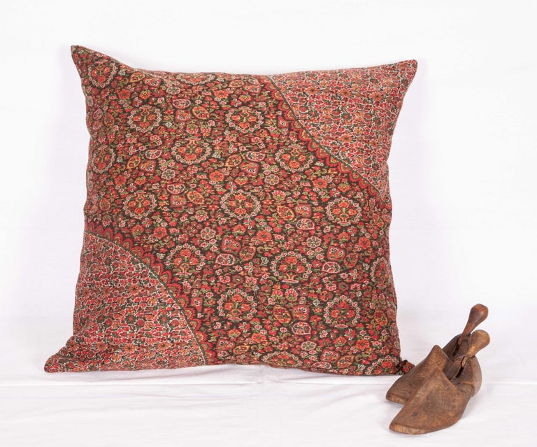 French 19th Century European Paisley Wool Pillow For Sale