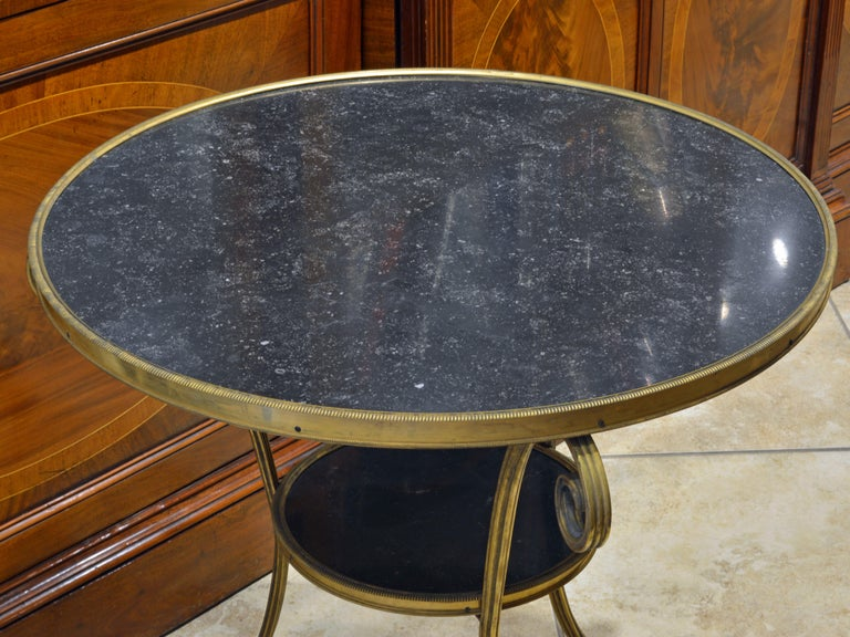 19th Century Excellent French Empire Bronze and Marble Two-Tier Gueridon Table For Sale 3