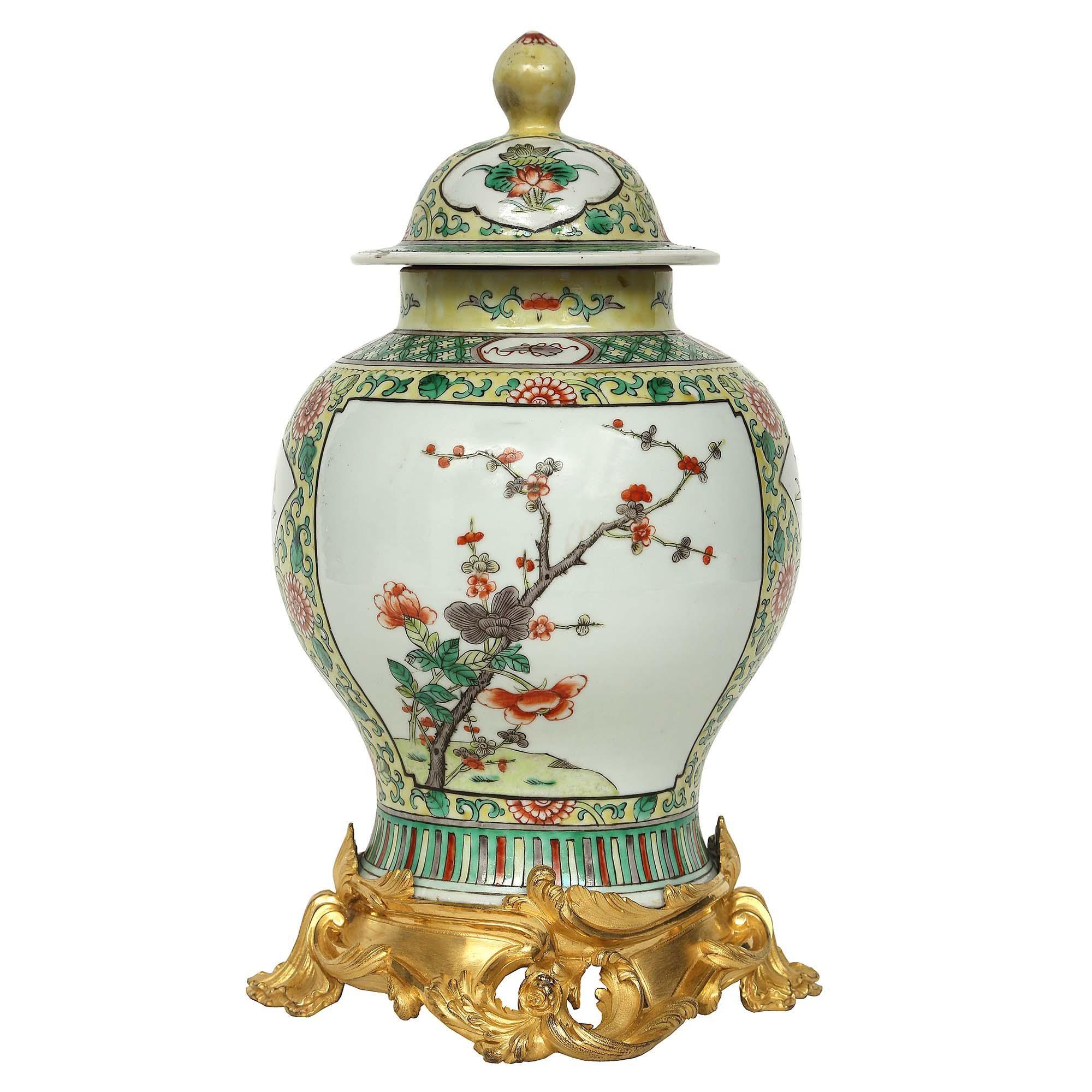 19th Century Famille Verte Chinese Porcelain Lidded Urn