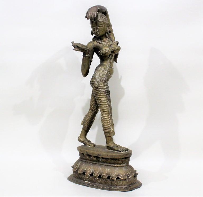 19th Century Female Bronze Indian Sculpture In Good Condition For Sale In Hamilton, Ontario