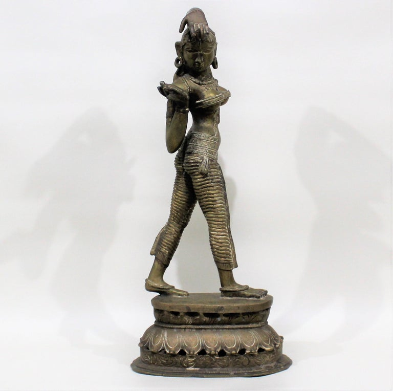 19th Century Female Bronze Indian Sculpture For Sale 1