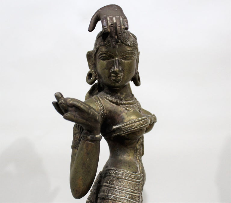 19th Century Female Bronze Indian Sculpture For Sale 6