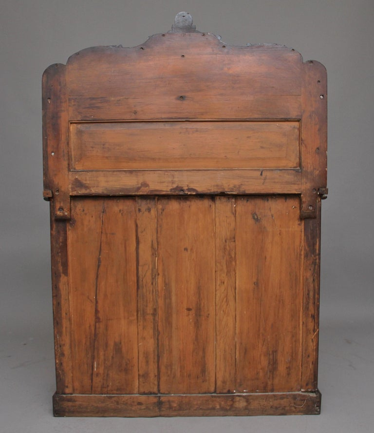 19th Century Flame Mahogany Chiffonier For Sale 5