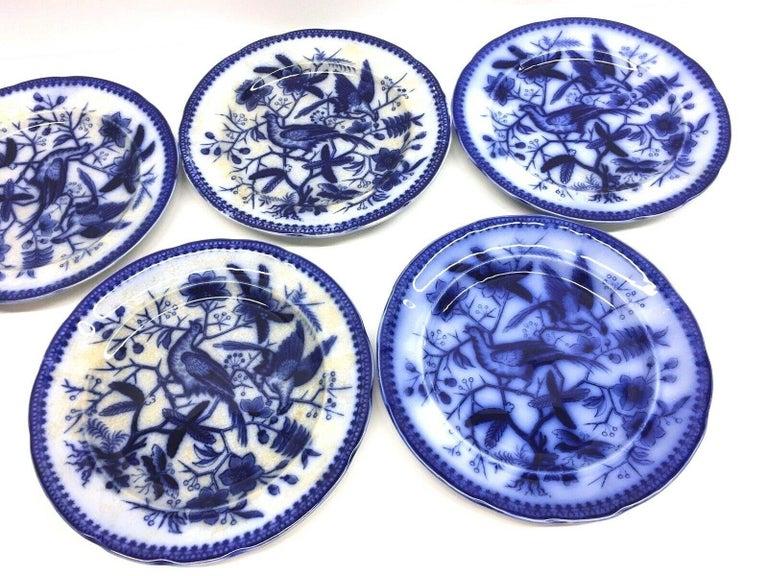Biedermeier 19th Century Flow Blue V&B Villeroy Boch Lot of 5 Plates Pheasant Series Decor For Sale