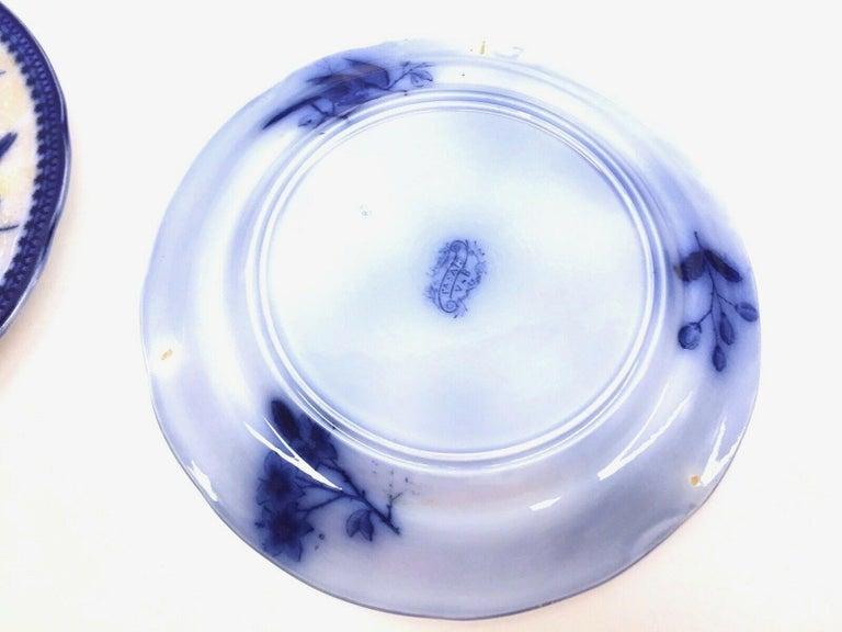 German 19th Century Flow Blue V&B Villeroy Boch Lot of 5 Plates Pheasant Series Decor For Sale