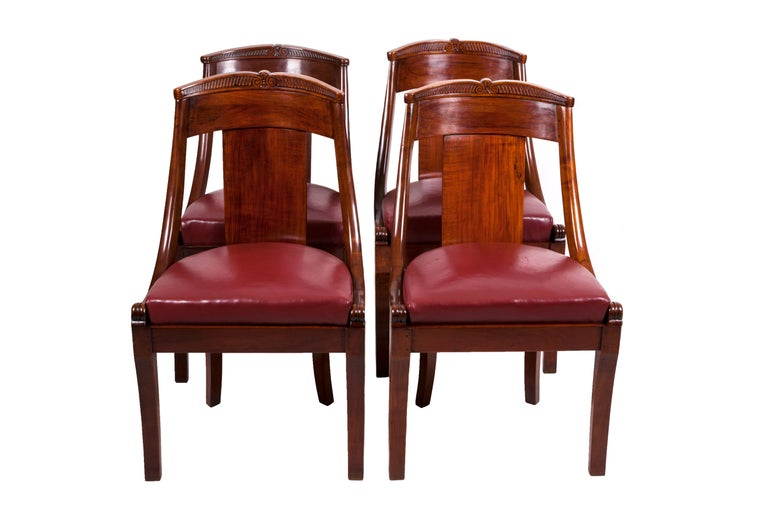 19th Century Four French Fruitwood Gondola Chairs For Sale 1