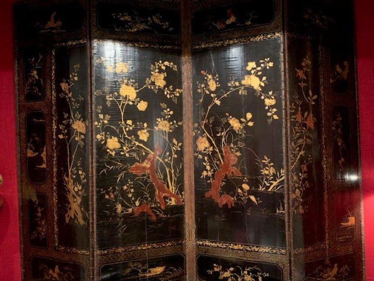 19th Century Four Panel Japanned Screen with Gilt and Red Decor For Sale 2