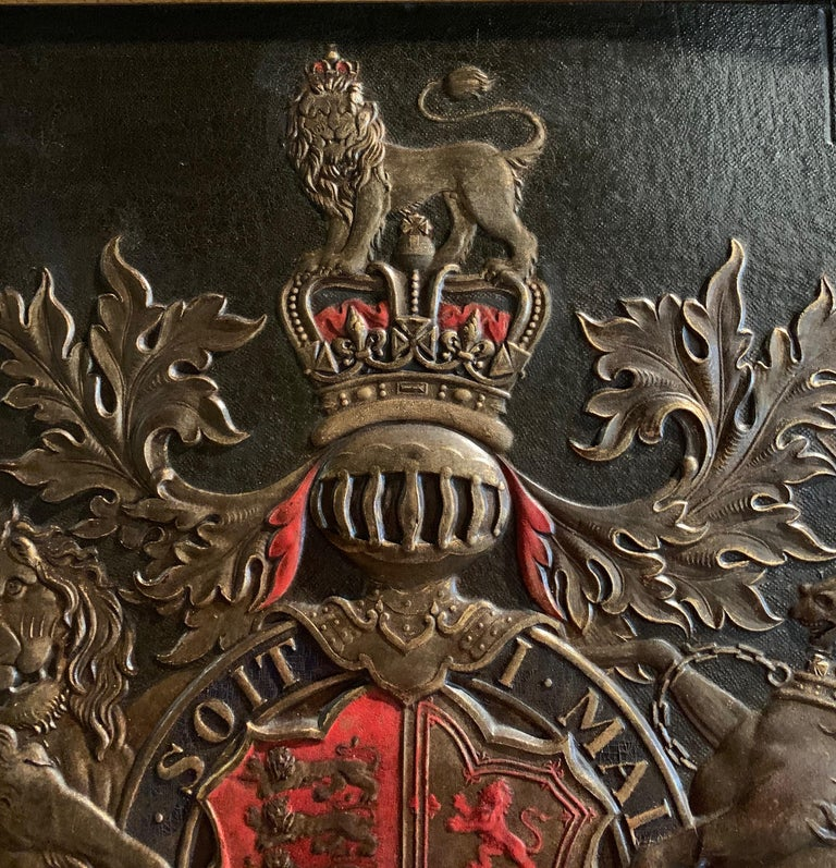 19th Century Framed Embossed Leather Royal Coat of Arms of The United Kingdom For Sale 1