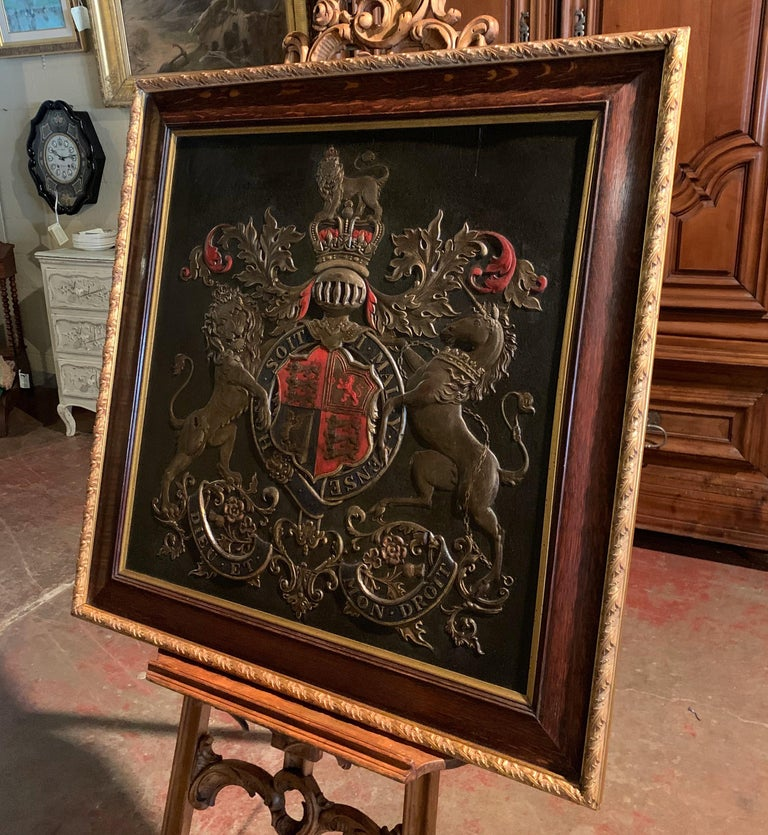19th Century Framed Embossed Leather Royal Coat of Arms of The United Kingdom For Sale 4