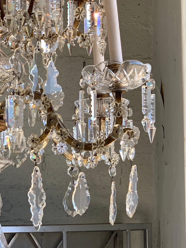 19th Century French 12-Light Crystal Chandelier For Sale 1