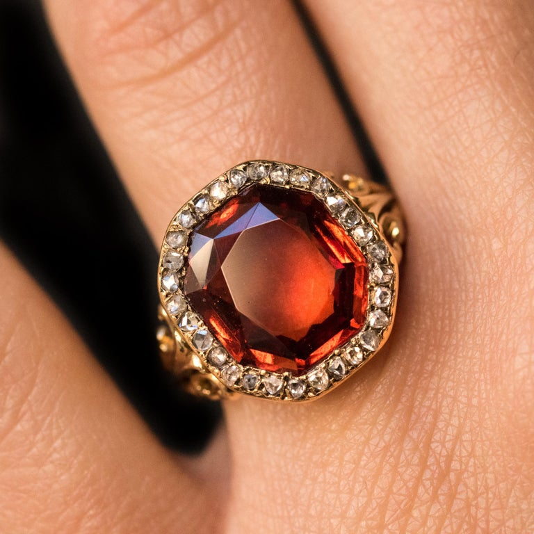 19th Century French 6.20 Carat Hessonite Garnet Rose Cut Diamonds Antique Ring For Sale 1