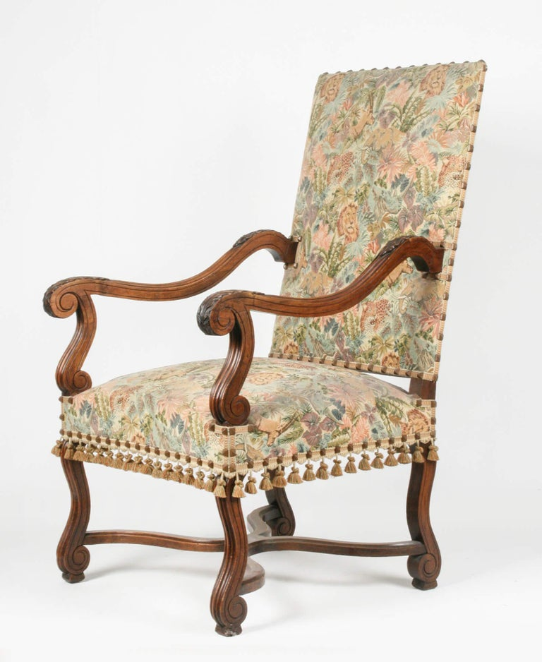 Hand-Carved 19th Century French Armchair Louis XIV Style For Sale