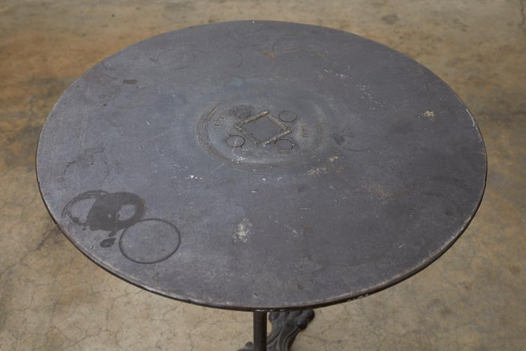 19th Century French Art Nouveau Iron Pub Bistro Garden Table In Good Condition For Sale In Oakland, CA
