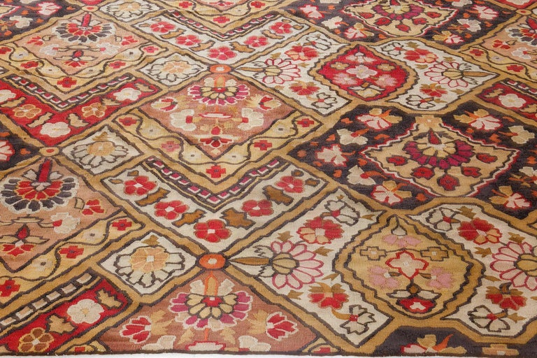 19th Century French Aubusson Rug In Good Condition For Sale In New York, NY