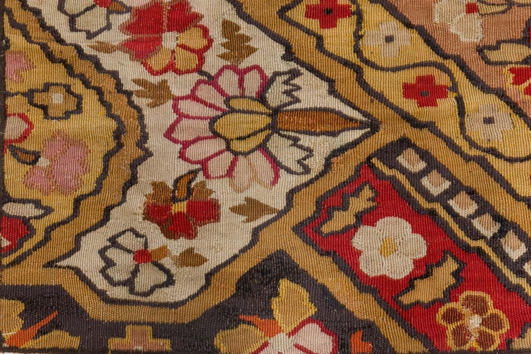 19th Century French Aubusson Rug For Sale 1
