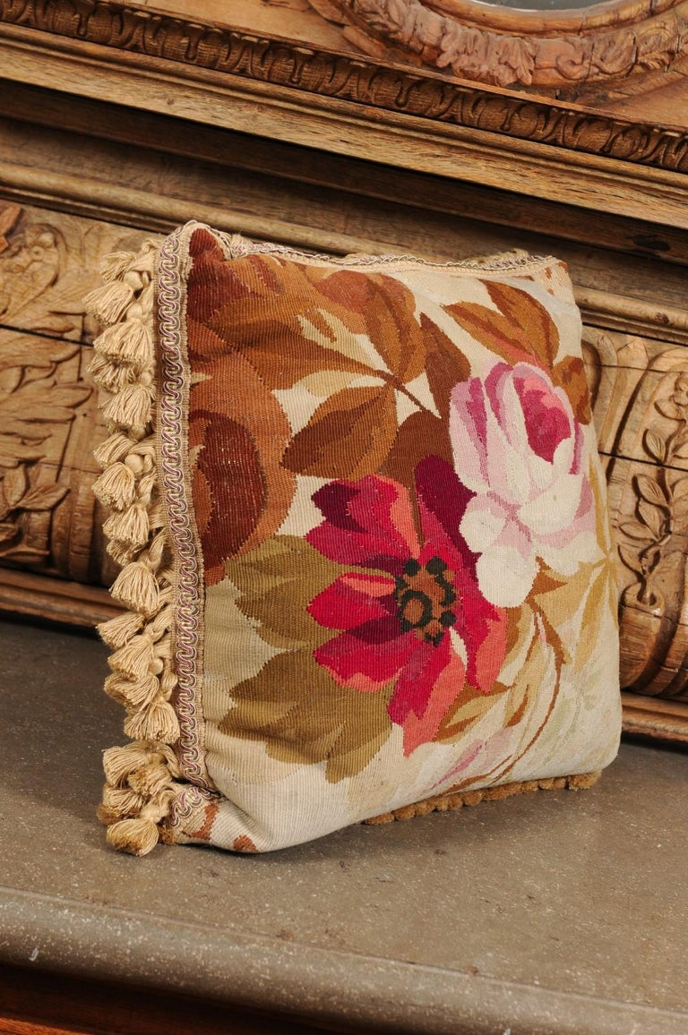 19th Century French Aubusson Woven Tapestry Pillow with Floral Décor and Tassels For Sale 1