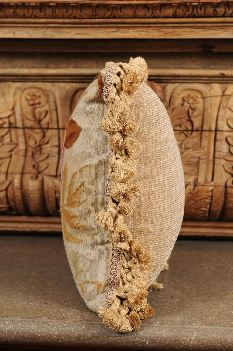 19th Century French Aubusson Woven Tapestry Pillow with Floral Décor and Tassels For Sale 4