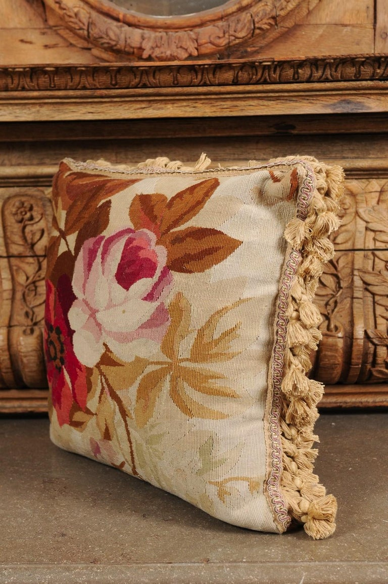 19th Century French Aubusson Woven Tapestry Pillow with Floral Décor and Tassels For Sale 5