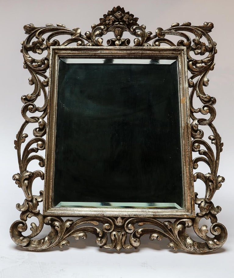 19th Century French Baroque Giltwood Vanity or Wall Mirror In Good Condition For Sale In Los Angeles, CA