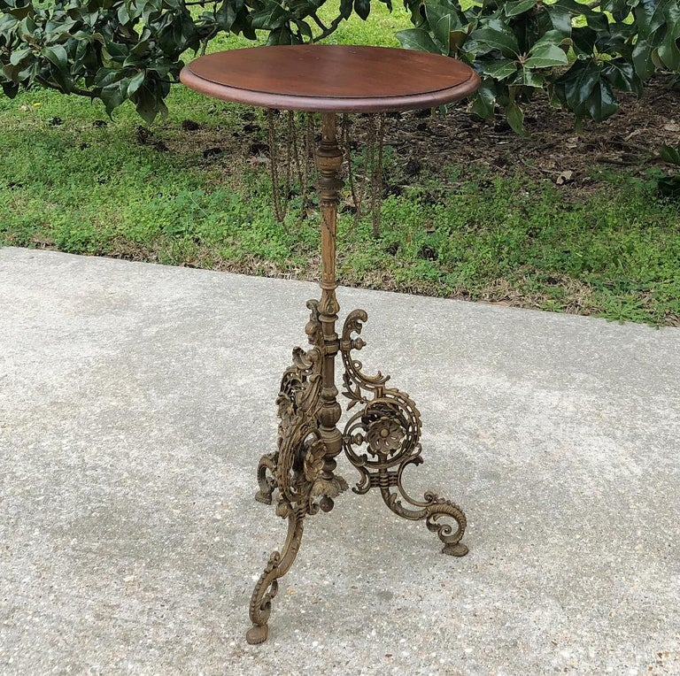 Late 19th Century 19th Century French Belle Époque Cafe Table with Painted Cast Iron Base For Sale