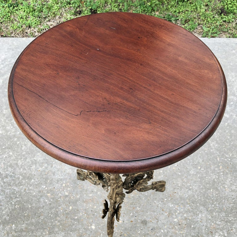 19th Century French Belle Époque Cafe Table with Painted Cast Iron Base For Sale 3