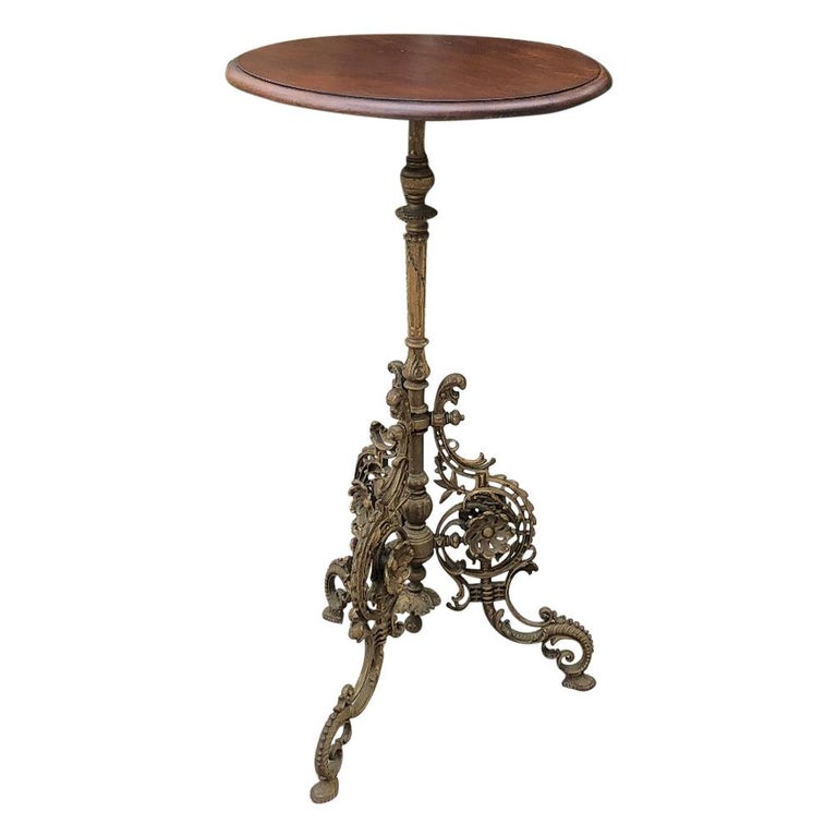 19th Century French Belle Époque Cafe Table with Painted Cast Iron Base For Sale