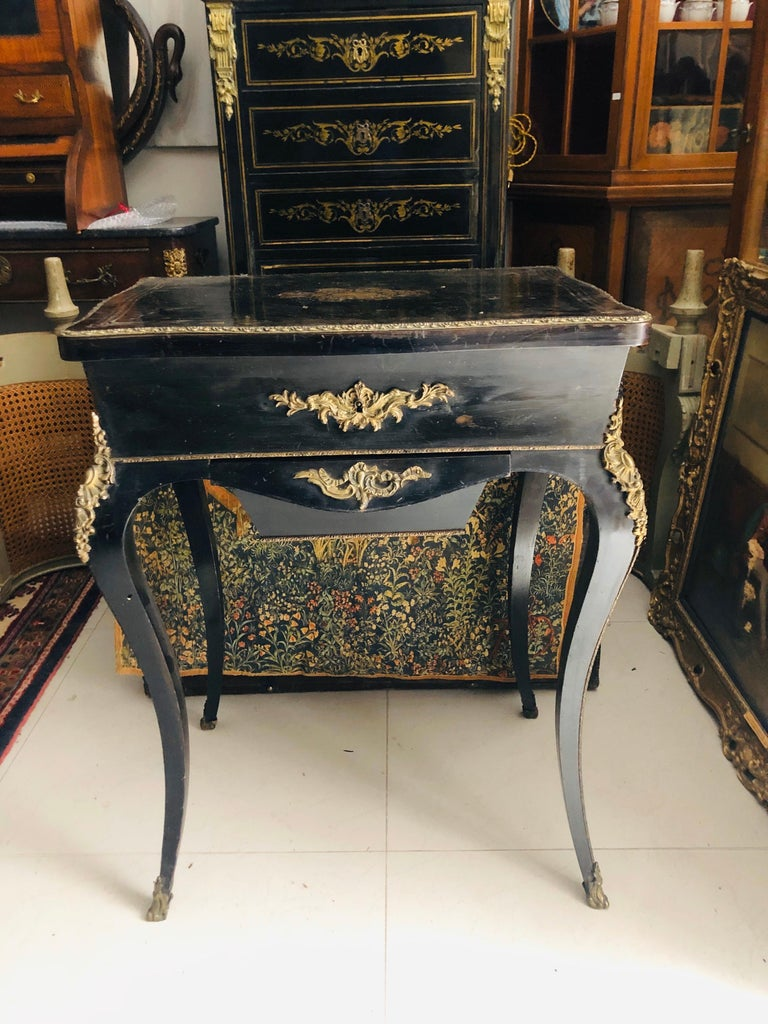 19th Century French Black Wooden Working Table with Brass Decoration For Sale 8